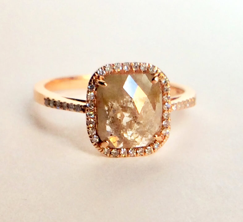 Opaque diamond rose gold ring